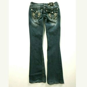 Miss Me boot cut Low rise jeans 26x31